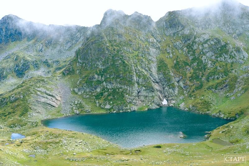 Озеро в Пятиозерье, Архыз