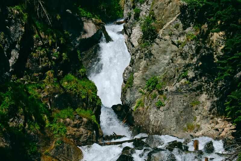Белый водопад в Архызе заказать экскурсию