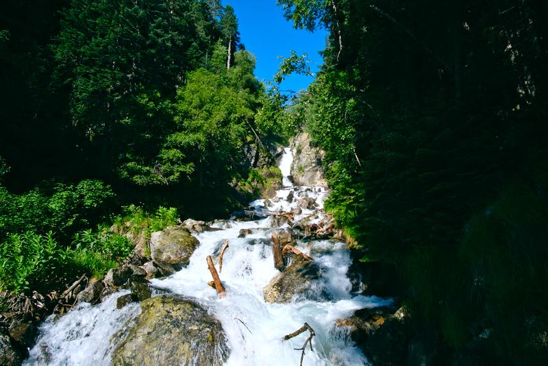 Заказать УАЗ в Архызе на Белый водопад