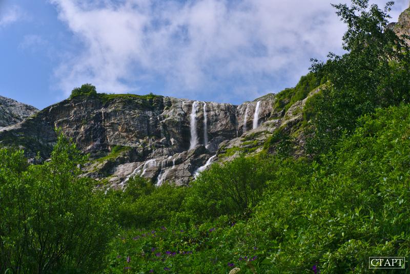 Экскурсия на Софийские водопады в Архызе
