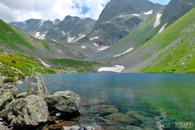 Озеро Семицветное в Архызе фото