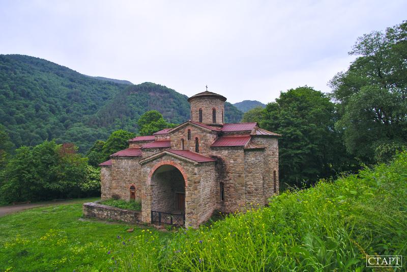 Экскурсия на храмы в Нижнем Архызе