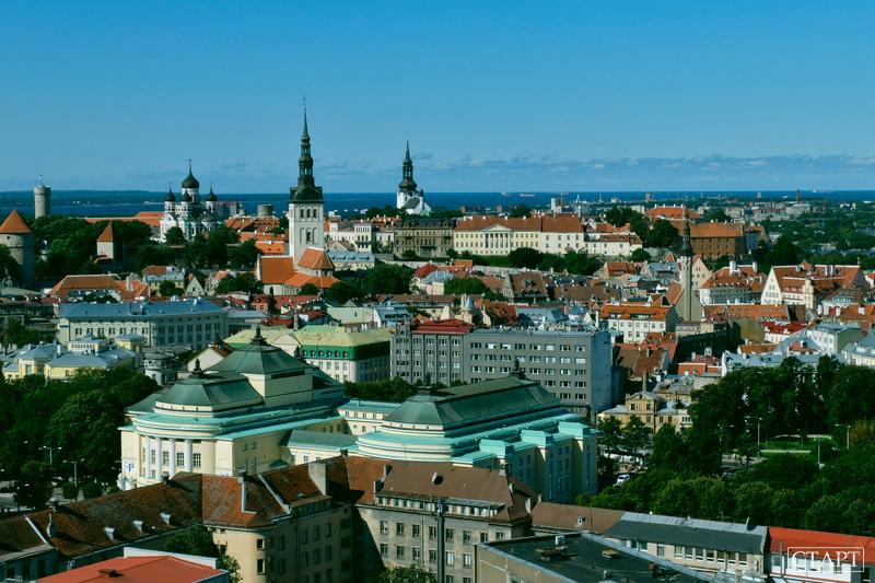 Панорама Таллина с крыши отеля Radisson