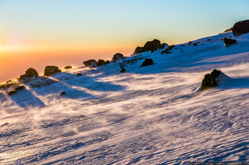 Склоны Эльбруса фото