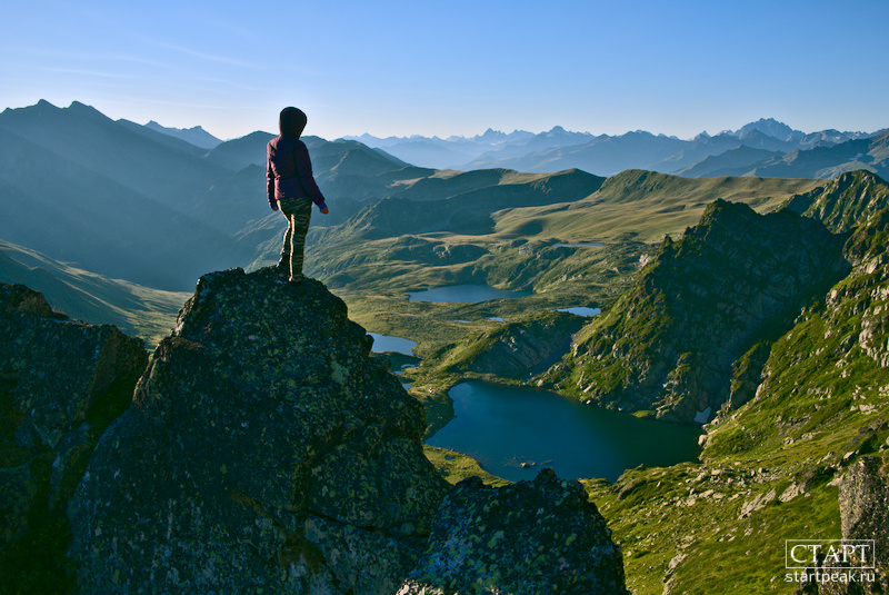 Рассвет на горных озёрах