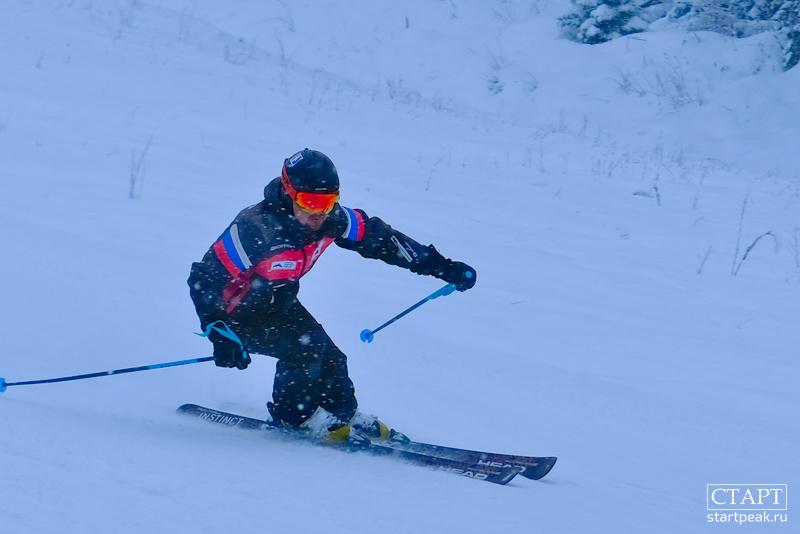 Профессиональная фото- и видеосъемка на горнолыжных трассах в Архызе