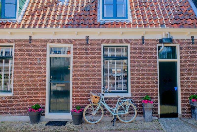Велосипед в путешествии по Европе: прокат, свой, или складной?