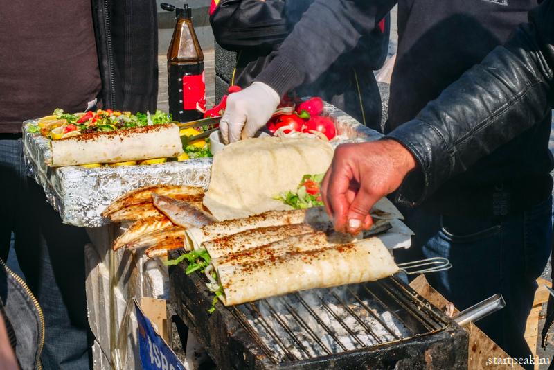 Уличная шаурма и кебабы в Стамбуле
