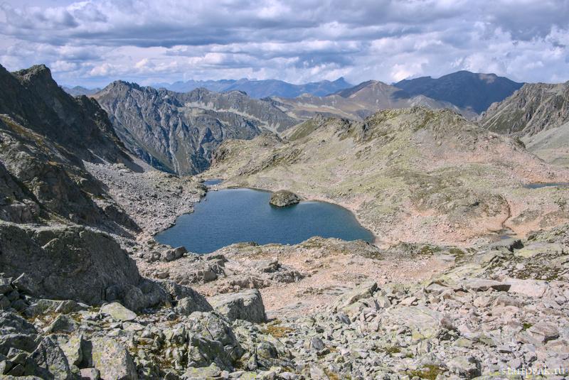 Поход с палатками к горным озёрам