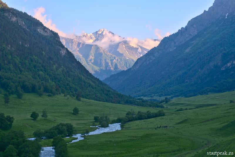 Поход с палатками из Теберды в Архыз