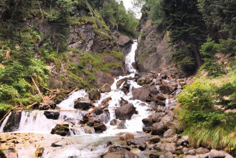 Экскурсии на водопад Белый в Архызе